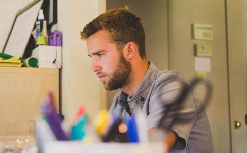オンラインサロンは、個人事業主の様々な悩みを解決してくれる
